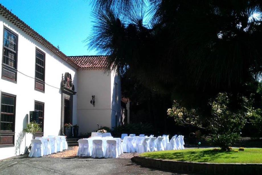 Ceremonia en la entrada